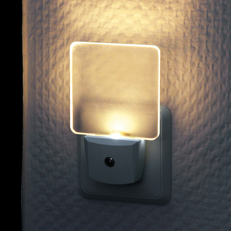 EMOS P3308 Nachtlicht Steckdose mit D/ämmerungssensor Flur Schutzkontaktsteckose f/ür 3680 W Treppe Schlafzimmer K/üche Orientierungslicht f/ür Kinderzimmer