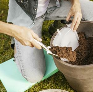 Kniekissen für die Gartenarbeit - hält trocken, warm und schont die Gelenke