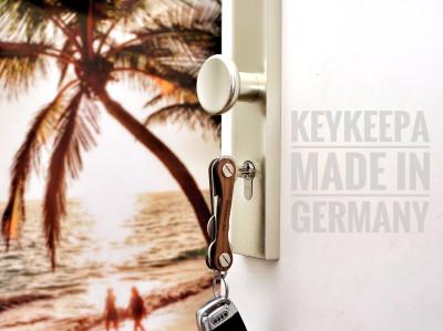 Keykeepa walnut for up to 12 keys, brown