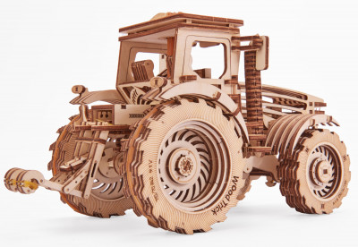 WOOD TRICK tractor, 401 components