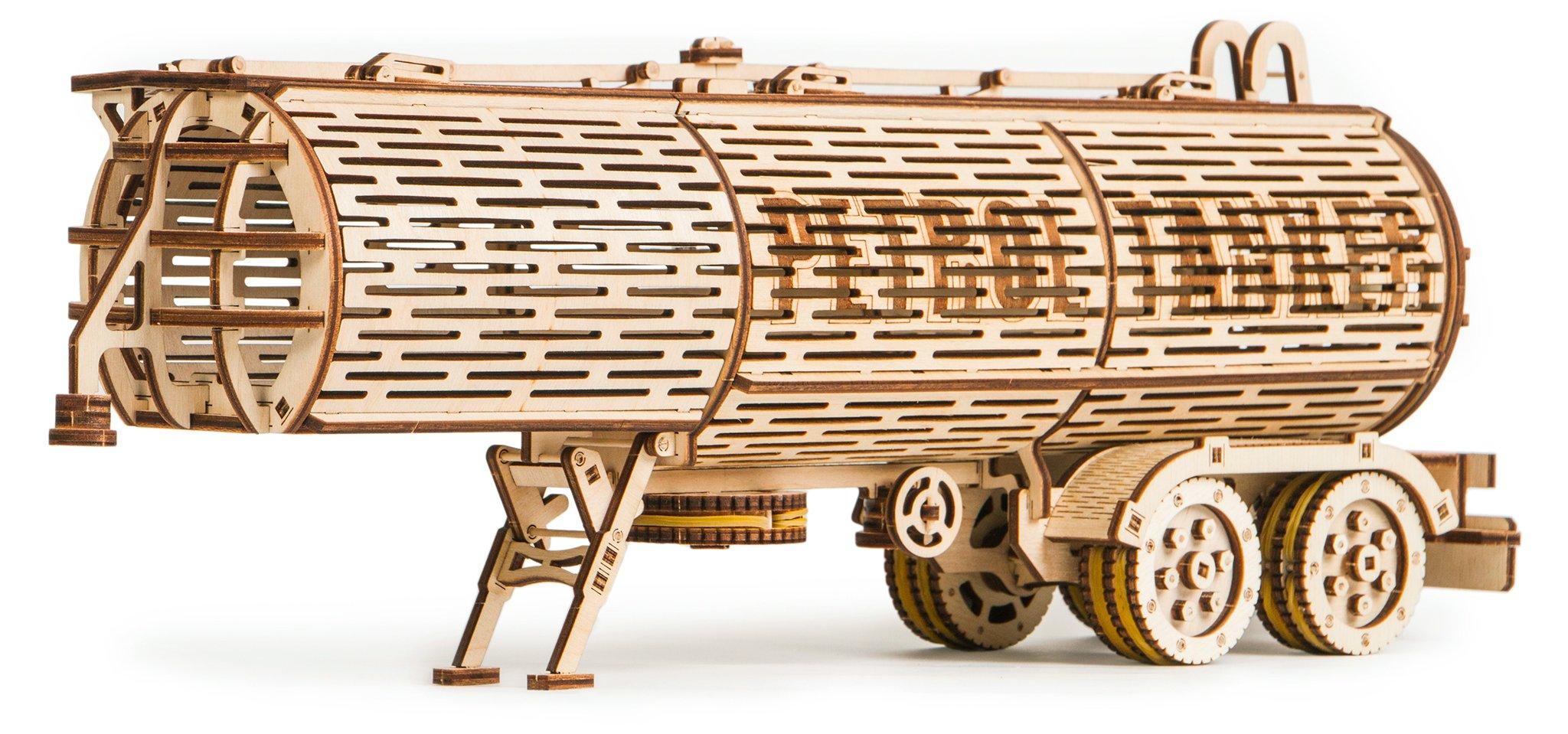 WOOD TRICK Tank Trailer für LKW-Zugmaschine, 200 Bauteile